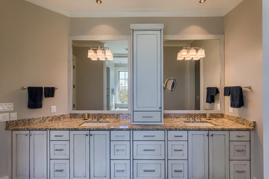 Bath With Beautiful Custom Built Cabinets Built By Garner Woodworks